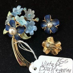 Jewelry - Vtg Brooch & Earring Set